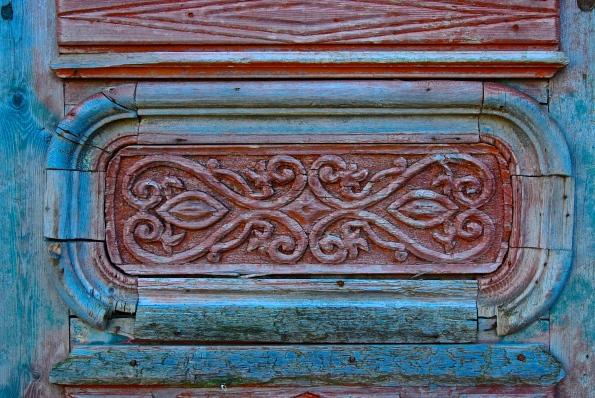 rose blue door detailLassco